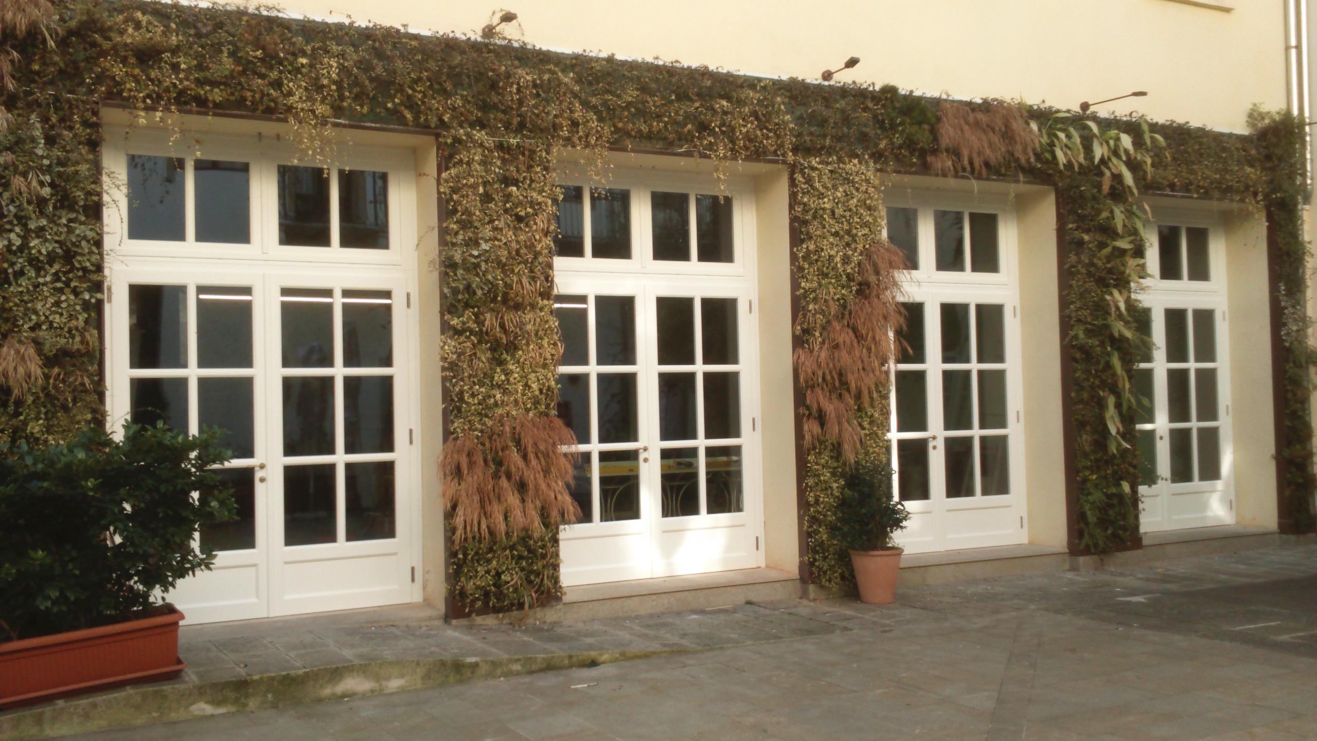 Falegnameria ossari gallery alcune foto dei nostri progetti - Finestre in legno bianche ...
